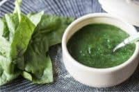 una calda vellutata di spinaci