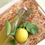 Liquore al limone e rosmarino