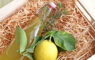 liquore limone e rosmarino