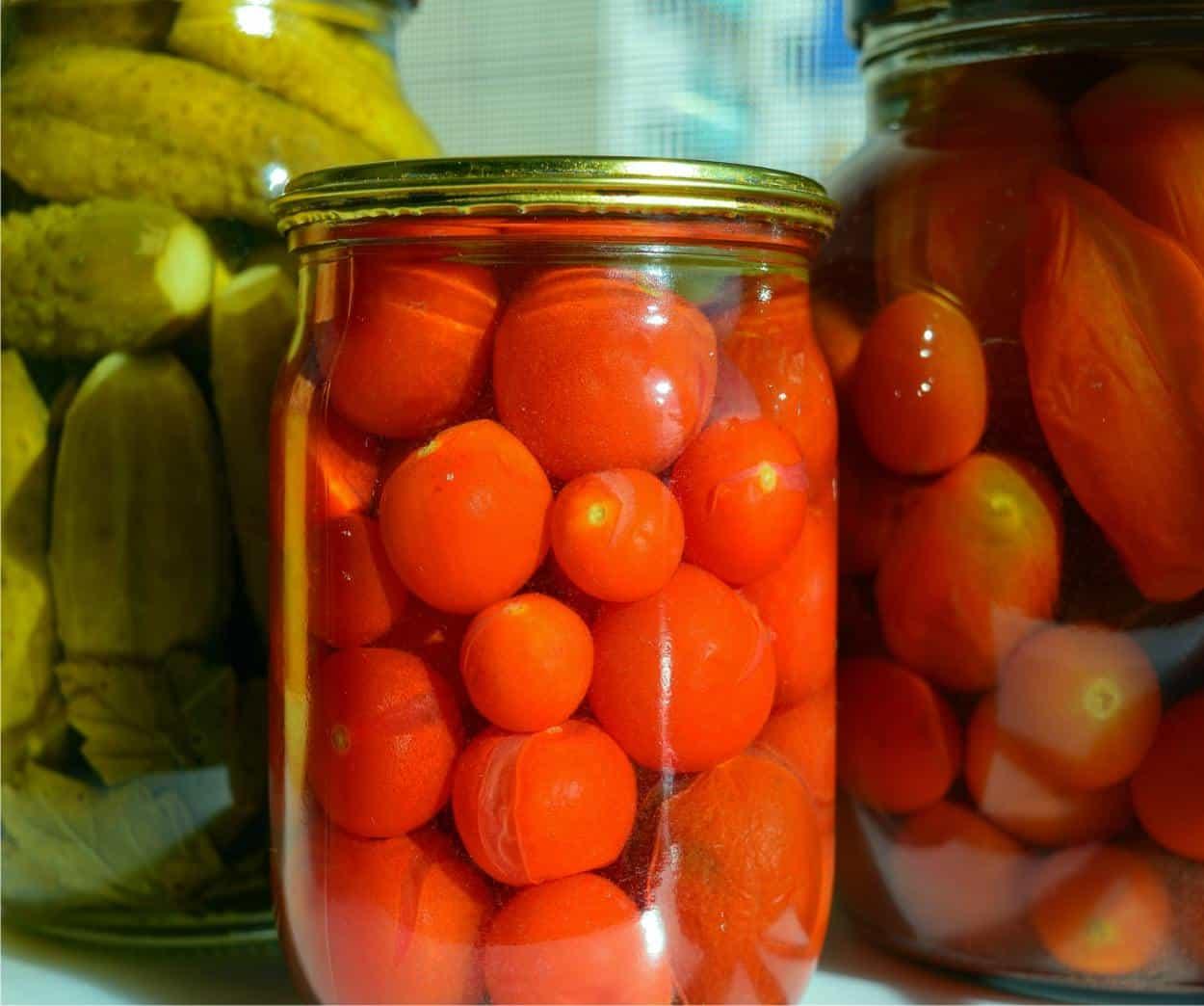 Come Sterilizzare Vasetti Per Conserve conserve fatte in casa: verdure sottolio e sottaceto sicure