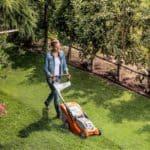 Taglio del prato: quanto e come tagliare l'erba