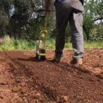 Gli attrezzi per l'orto bio-intensivo: ergonomici e manuali